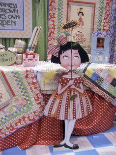 fun fabric display-luv ME!  Houston Quilt Market 2007