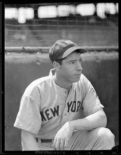 Joltin' Joe DiMaggio of the New York Yankees. But Football, Baseball Star, Sports Baseball, Baseball Players, Baseball Cards, Baseball Wall, Angels Baseball, Baseball Photos, Sports Photos