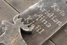 Skilt med valgfri tekst produseres og selges hos www.kagens.no Dørskilt, skilt til do, bad, wc, hytte, velkommen skilt, andre gaveartikler. Bamboo Cutting Board