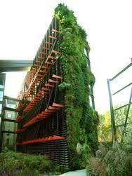 milaan vertical garden