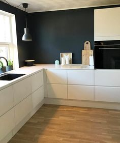 Køkken Venezia Mat Line - stilrent look - Nelly New Kitchen, Kitchen Remodel Small, Kitchen Remodel, Home Kitchens, Kitchen Diner, Kitchen Design, Home Decor, Kitchen Interior, Apartment Kitchen