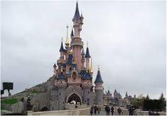 Kasteel de schone slaapster (Doornroosje) Architect onbekend  Frankrijk Parijs disneyland