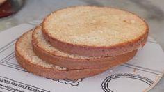 Gelatina Colorida Em Camadas Fácil – Receita Perfeita! | APENAS RECEITA GOSTOSA ► Naked Cake, Cornbread, Vanilla Cake, Mousse, Brownies, Pizza, Cupcakes, Ethnic Recipes, Desserts