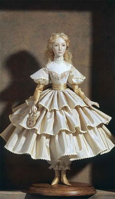 Alexandra Gallery creates collection and souvenir dolls: more than 100 designs of textile, clay and porcelain dolls were made for years of existence of the Company. Ooak Dolls, Barbie Dolls, Porcelain Dolls Value, Fine Porcelain, Dolly Doll, 1800s Fashion, Poppy Parker, Half Dolls, China Dolls