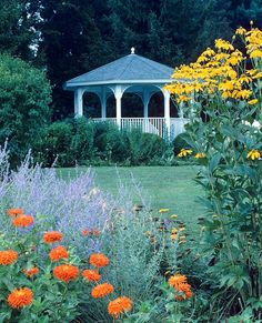 """Green Spring Gardens is a """"must visit"""" for everyone in the metropolitan Washington, D.C. area. It's a year-round gold mine of information and inspiration for the home gardener."""