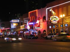 TV introduces Nashville to new crop of tourists.