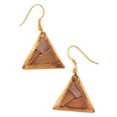 These triangle wire earrings are an eclectic way to show off your unique sense of bohemian style! Wide stripes of wire in complimentary shades of copper and silver cross over each other in a striking woven pattern; sure to win you compliments, these sweet earrings will add a little something special to any outfit!