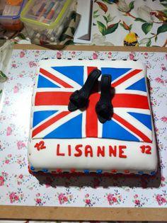 Engelse vlag met schoentjes taart