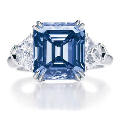 Love this five carat blue diamond ring! Harry Winston