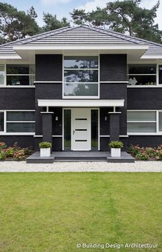 Eigentijdse villa © Building Design Architectuur Building Design, Building A House, Interior Architecture, Interior Design, Home Goods, House Plans, House Design, Colours, Amazing Houses