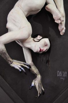 Jessica Dalva's Beautiful Sculptures Explore Inexpressible Moments Of Internal Struggle
