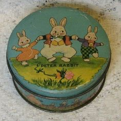 Burgess character Peter Rabbit candy tin by Tindeco (illustration by Harrison Cady), Vintage Stil, Vintage Antiques, Vintage Easter, Vintage Christmas, Tin Can Alley, Candy Containers, Metal Containers, Tin Art, Hoppy Easter