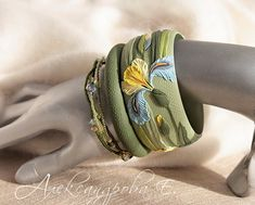 Bangle set Blue-Yellow Iris - Polymer clay bracelets - Wide bangle with flowers - Blue Yellow green floral - Multi strand beaded bracelets (82.00 USD) by AleksPolymer
