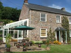 Beeson Farm Cottages, Beeson, Kingsbridge, Devon. Pet Friendly Self Catering Holiday Accommodation in England.