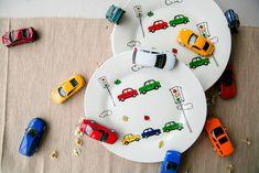 """Фарфоровая тарелка """"Машинки"""" В наличии тарелки с мелким заводским дефектом в магазине «ГЛАВНЫЙ ПО ТАРЕЛОЧКАМ» на Ламбада-маркете Gifts For Boys, Computer Mouse, Pc Mouse, Mice"""