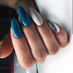 Beautiful blue nails, Blue nail art, brilliant nails, Christmas nails, Festive n… Perfect Nails, Gorgeous Nails, Pink Nails, Gel Nails, Color Nails, Blue Nails Art, Nail Nail, Matte Nails, Manicure E Pedicure