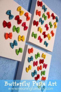 Sempre criança:   http://meaningfulmama.com/2014/06/butterfly-past...