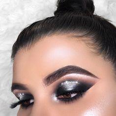 d9212ab2325 Huda beauty smokey obsession eyeshadow palette #makeup #beauty #ad #makeup  #makeupgoals