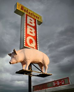 Finding the Best BBQ in Tennessee Just Got Easier! Everyone knows the best BBQ is made in Tennessee. The problem is actually finding the best places to Bossier City Louisiana, Louisiana Homes, Roadside Signs, Roadside Attractions, Bbq Signs, Smokehouse, Red River, Advertising Signs, Back Home