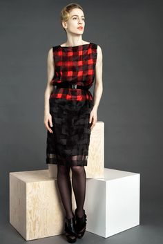 Viktor & Rolf | Pre-Fall 2011 Collection | Style.com