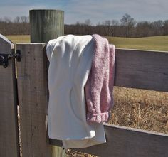 Jacket Polar Fleece with Sweater Sleeves, Wool Blend Yarn, Women's Size XL - size 16/18 , Creamy White with Pastel Pink