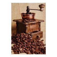 toile Coffee mill 2 est disperible en (L x H): 20 x 30 cm de F. Fresh Ground Coffee, Kunst Poster, Kitchen Jars, Kitchen Pictures, Vintage Coffee, Jar Storage, Modern Artwork, Coffee Beans, Tool Design