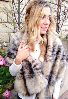 Faux Fur Scarf: This faux fur scarf is lined with fleece and is a bit wider than a regular scarf. You'll get that blanket scarf feeling but still look as glamorous as ever. (via Riva la Diva) - 75 Easy Sewing Projects You Should Try via Brit + Co.