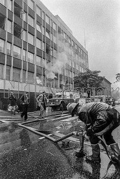20.september1978 var det brann i trykkeriet i Bergens Tidende sitt bygg i Nygårdsgaten i Bergen. Rotasjonspressen var ute av drift i lang tid etterpå. Foto: © Helge Sunde / Samfoto