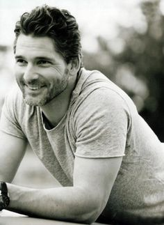 Eric Bana. Don't talk, Bana. Just stand there and look pretty.