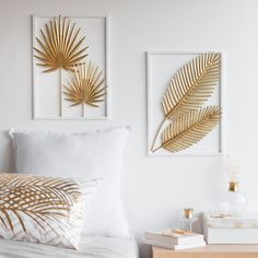 Gold-Colour and White Metal Foliage Artwork 28 x 39 cmHome Decoration on Maisons du Monde. Take a look at all the furniture and decorative objects on Maisons du Monde. Metal Wall Decor, Diy Wall Art, Wall Art Decor, Gold Wall Decor, Wall Decorations, Home Crafts, Diy Home Decor, Interior Decorating, Interior Design
