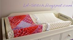 An actual link that works! LA-Stitch: {DIY} Contoured Changing Pad Cover
