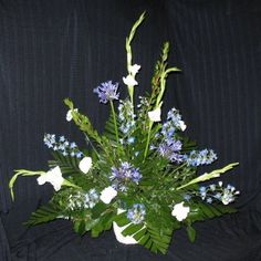 How to design your own church wedding flowers.  Instructions for a simple altar spray