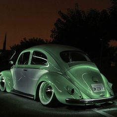 Best classic cars and more! Auto Volkswagen, Volkswagen Group, Lowrider, T1 Bus, Vw Vintage, Vw Cars, Vw Camper, Campers, My Dream Car