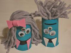DIY: Monstruos de rollo de papel higiénico / Toilet paper roll monsters.