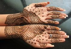 There is no arguing that henna tattoos are beautiful. But what is henna exactly, and where did it come from? We found out everything you need to know-- including how to make a henna tattoo.What is henna?Henna is a small flowering. Henna Hand Designs, Henna Patterns Hand, Indian Henna Designs, Mehndi Designs For Beginners, Latest Mehndi Designs, Henna Tattoo Designs, Mehndi Designs For Hands, Bridal Mehndi Designs, Bridal Henna