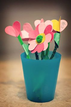 Cute crafts for Valentine's Day or end of the year student certificates