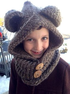 Cozy Bear hooded Cowl Loom Knit pattern