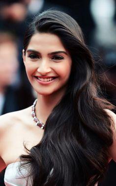 Sonam Kapoor - Hair ♥