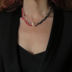 Red coral Black onyx Silver cluster necklace, Pearl choker. Faceted tiny bead necklace. Half necklace Pearl Necklace Designs, Cluster Necklace, Boho Necklace, Gemstone Necklace, Trendy Jewelry, Modern Jewelry, Boho Jewelry, Pearl Jewelry, Jewelry Design