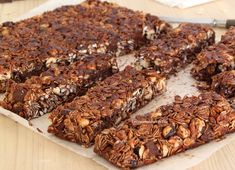 preparation-barres-de-cereales Base, Biscuits, Banana Bread, Brunch, Gluten Free, Nutrition, Healthy Recipes, Chocolate, Fruit