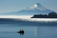 Lago Llanquihue-  Puerto Varas, Chile Beautiful Places In The World, What A Wonderful World, End Of The World, Wonders Of The World, Patagonia, Living In Peru, Easter Island, Pablo Neruda, South America Travel