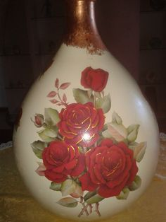 #decoupage #damigiana #roserosse #fiori #hobby #decorazioni #fogliaoro