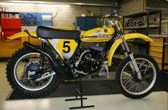 1973 Suzuki RH Works Replica