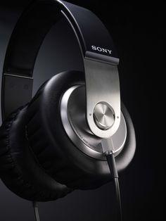 Sony XB 'Extra Bass' headphones announced - SlashGear