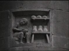 DuomodiPiacenza. Formelle dei Paratici sui pilastri
