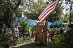 Dora Viesca, stands outside her trailer in which she has lived for 21 years in Village Trailer Park in Santa Monica, July REUT. Little Campers, Commercial Street, Famous Beaches, Santa Monica, Building, Outdoor Decor, Pictures, Trailers, Parks