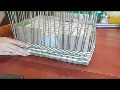 Плетем сундучок (короб) из газет. 3 часть. Newspaper Basket, Newspaper Crafts, Crafts To Make And Sell, Diy And Crafts, Paper Basket Weaving, Petites Tables, Upcycled Crafts, Weaving Techniques, Storage Baskets