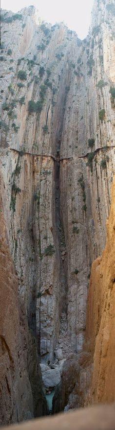 Desfiladero de El Chorro #malaga #promospain #senderismo