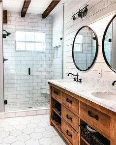 Amazing DIY Bathroom Ideas, Bathroom Decor, Bathroom Remodel and Bathroom Projects to aid inspire your master bathroom dreams and goals. Modern Bathroom, Farmhouse Bathroom Decor, Amazing Bathrooms, Bathrooms Remodel, Diy Bathroom Remodel, Bathroom Mirror, Farmhouse Master Bathroom, Bathroom Renovations, Bathroom Design