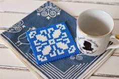 emuse: Fleur de Lis coaster